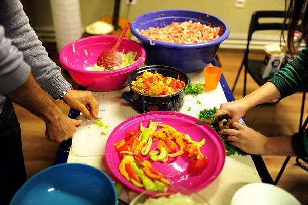 Секој е добредојден  Денеска гответе за бездомниците