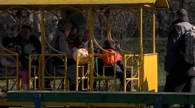Носталгија за едно убаво време во Луна паркот и првата симпатија на вовчето