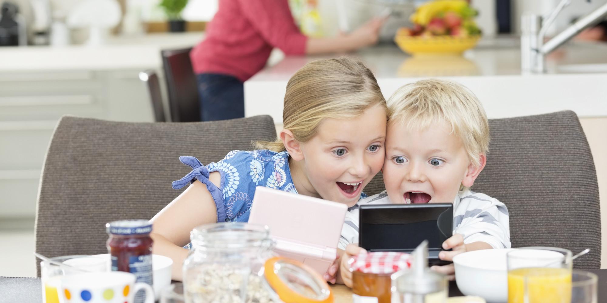 Како технологијата и видео игрите влијаат врз мозокот на децата