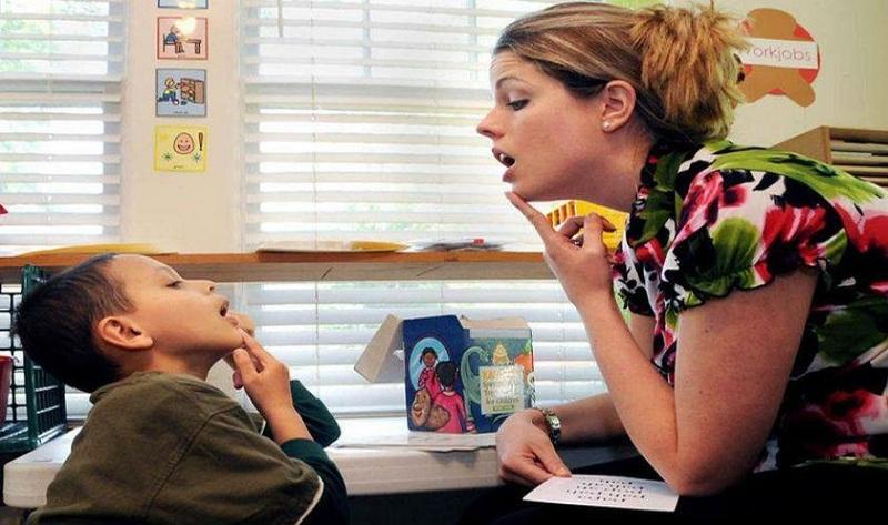 Бесплатни прегледи за децата со говорни проблеми