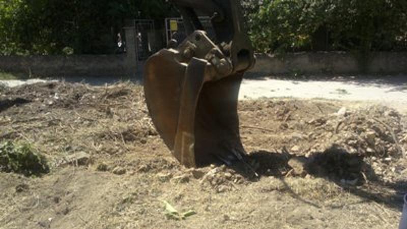Во тек е акција за расчистување на депонијата во Драчево