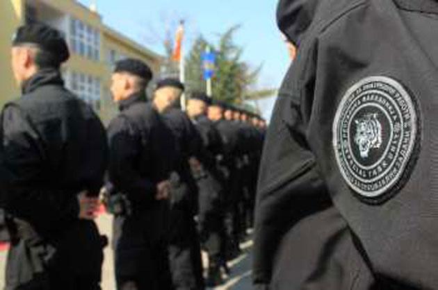 Полицаец од Скопје сподели емотивна објава поврзана со новиот закон за јазици