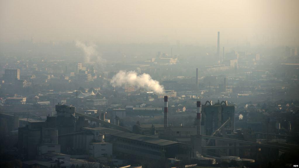 Скопјани се гушат во смог  во Лисиче едвај се дише