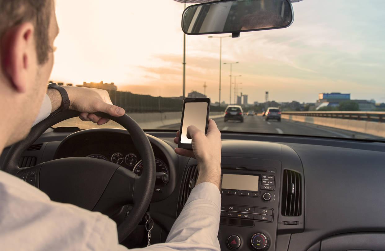 Важни правила во сообраќајот на кои возачите често забораваат и не ги почитуваат