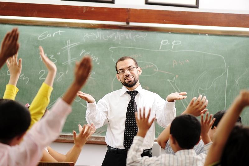 Од наредната година наставниците ќе земаат поголема плата