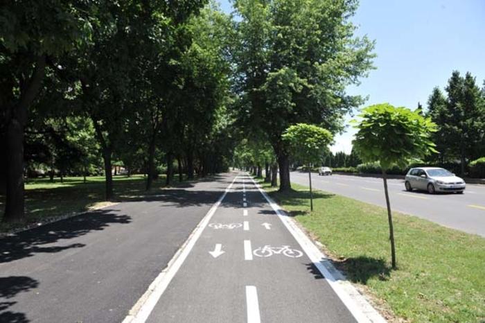 Санација на велосипедски патеки на пет скопски улици и булевари
