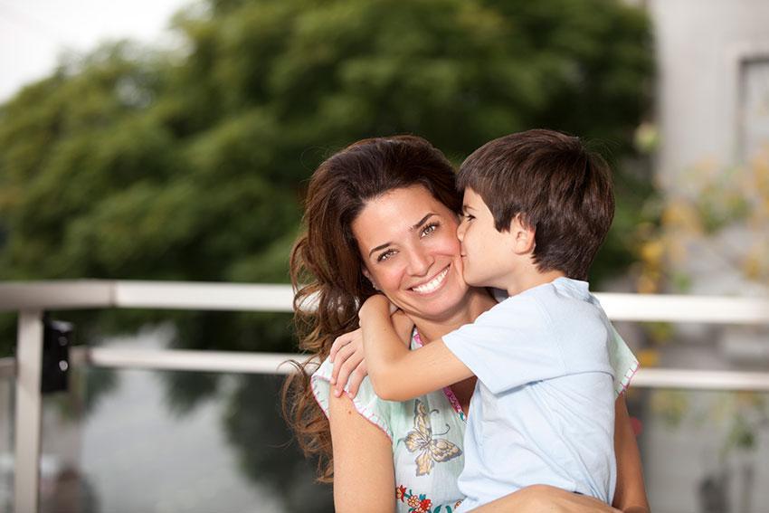 Децата учат од нивните татковци како да ги третираат жените
