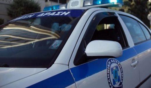 Пијан и гол скопјанец тепал полицајци на Родос