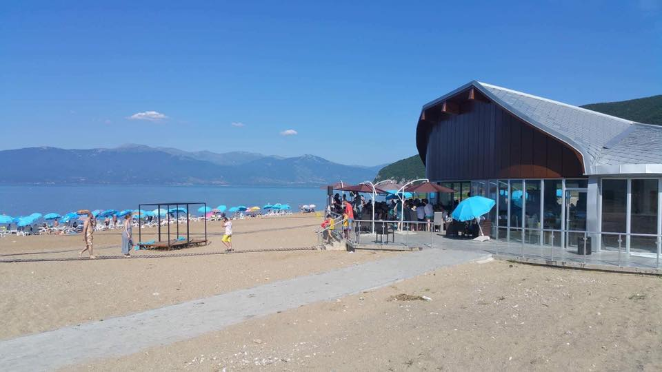 Топло време  преубави плажи   започна овогодинешната туристичка сезона во Преспа