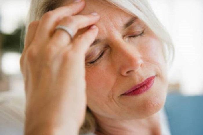 Мозочниот удар сè почесто ги погодува младите  Ова се симптомите на кои мора да обрнете внимание