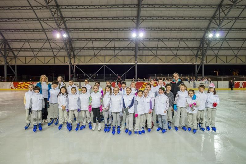 Успешно заврши третата Еуролинк зимска школа по уметничко лизгање