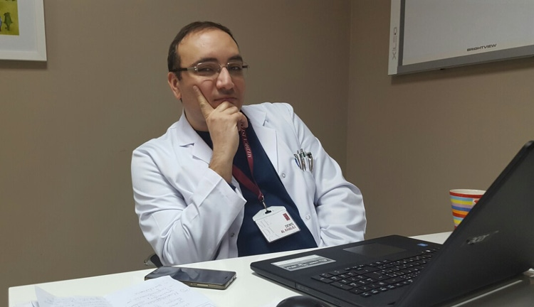 Д р Денис Ал Кхалили  Важно е трудниците да знаат како да го надминат стравот  да побараат помош и консултации