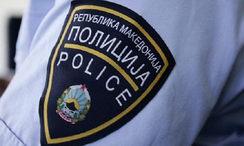 Ограбени млади момчиња во близина на трговскиот центар Лептокарија