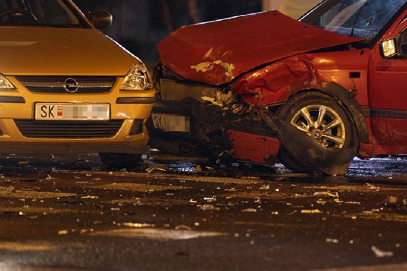 Пет лица повредени во 11 сообраќајки во Скопје