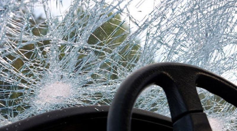 Тешко повреден маж  Со автомобил се превртел кај Катланово