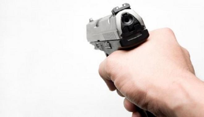 Нашол пиштол на улица го пријавил во полицијата