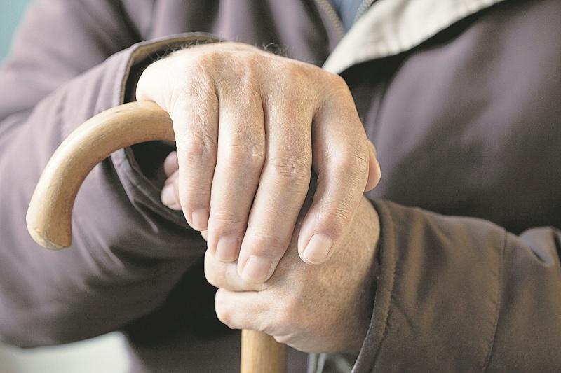 За спас на Фондот за пензиско Македонците во пензија да одат неколку години подоцна