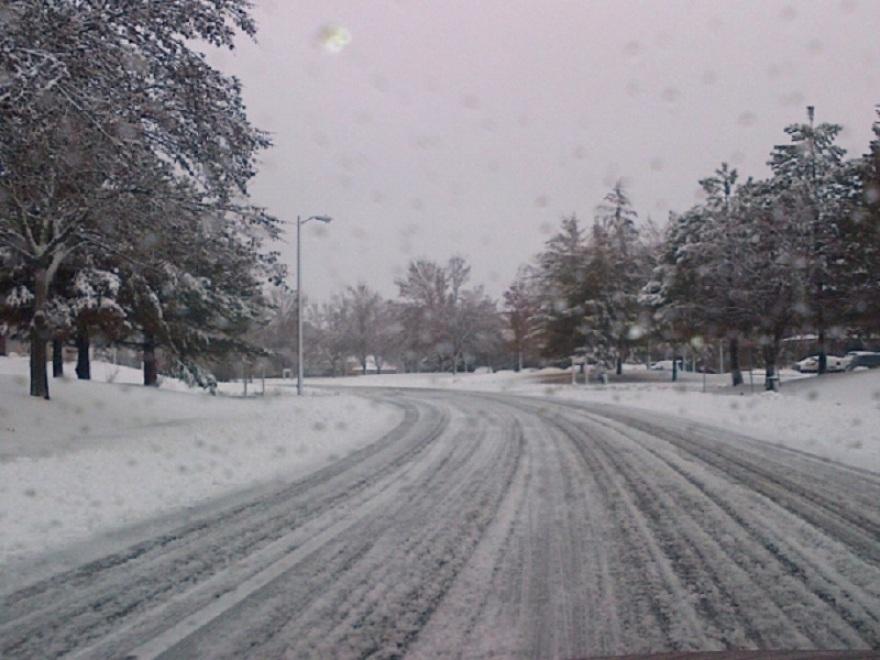 Снег низ Македонија  забрана за камиони на Стража   еве каде вее во моментов