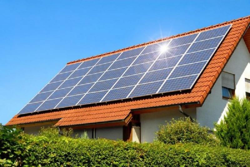 Новиот Закон за енергетика навестува дека Македонија ќе им овозможи на домаќинствата да продаваат струја   каква е праксата во Европа