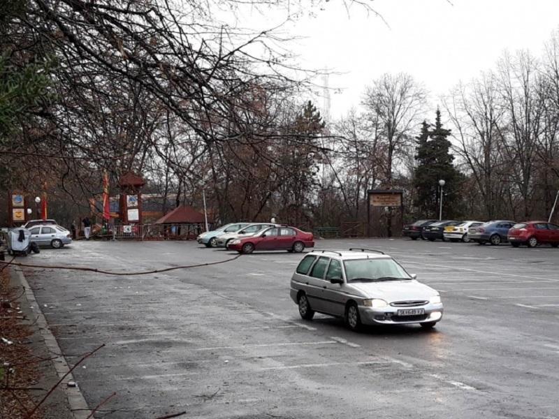 Градските власти се премислија   забраната за возила на Водно била поради сообраќајниот хаос  а не поради загадувањето
